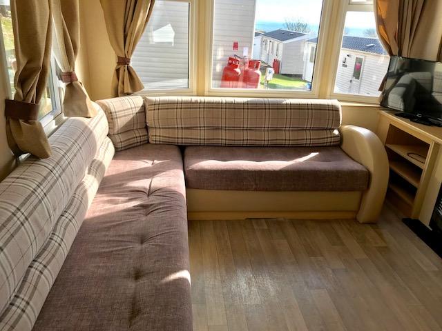 Swift - 2012 Swift Burgundy 32ft x 10ft - 2 Bedroom