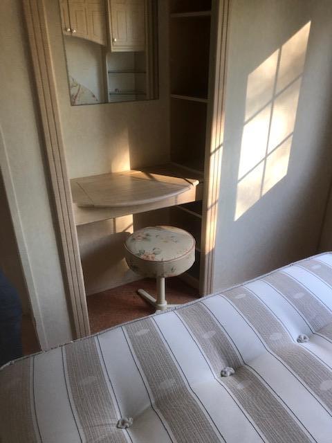 Willerby - 2002 Willerby Granada 35ft x 12ft - 2 Bedroom
