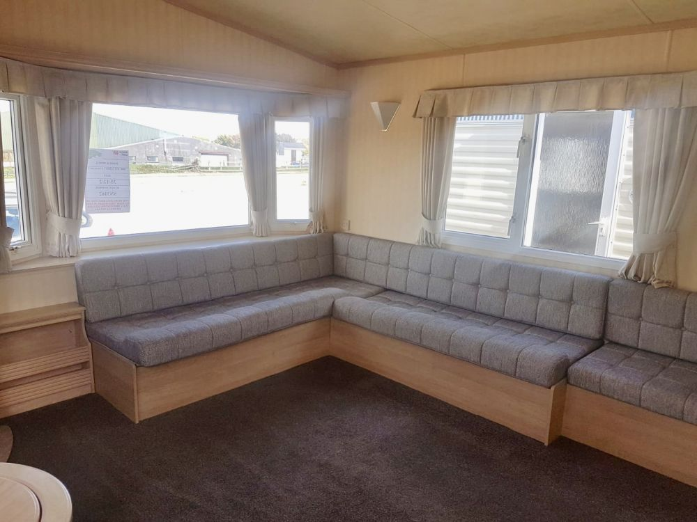 Willerby - 2000 Willerby Lyndhurst 35ft x 12ft - 2 Bedroom