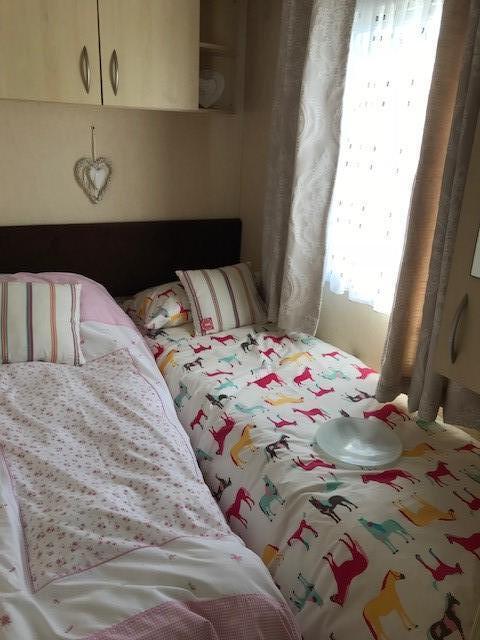 BK - 2007 BK Breeze 35ft x 12ft - 3 Bedroom