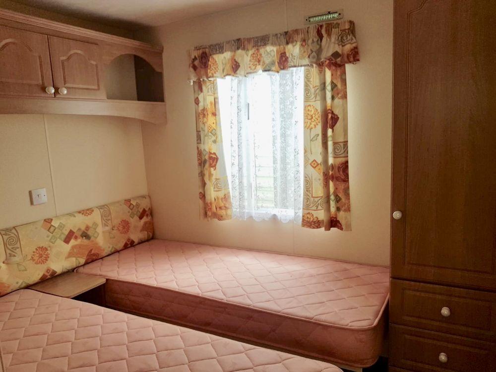 BK - 2003 BK Caprice 36ft x 12ft - 2 Bedroom